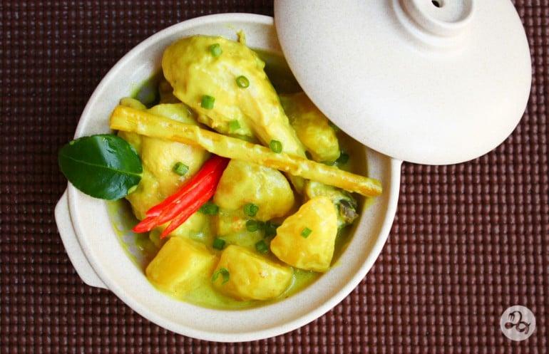 Reteta curry thailandez cu pui
